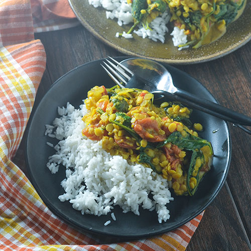 Vegan Yellow Curry Lentils #Curry #glutenfree #Indianfood #lentils | feedyoursoul2.com