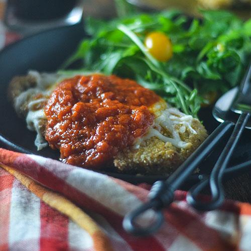 Gluten Free Chicken Parmesan #Italianfood #chicken #glutenfree | feedyoursoul2.com