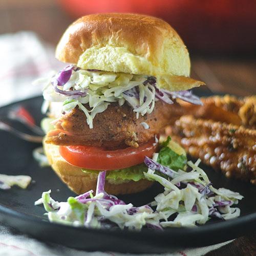 Chicken Cole Slaw Sliders #sliders #chicken #coleslaw | feedyoursoul2.com