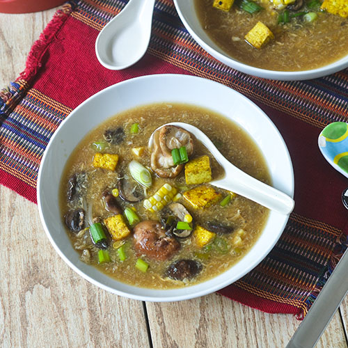 Hot & Sour Mushroom Soup #soup #mushrooms #vegan| feedyoursoul2.com