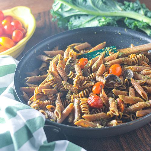 GF Mushroom Pesto Pasta #vegan #pasta #pesto #Italianfood | feedyoursoul2.com