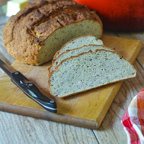 GF Artisan Flax Bread l #glutenfree #bread #flax | feedyoursoul2.com