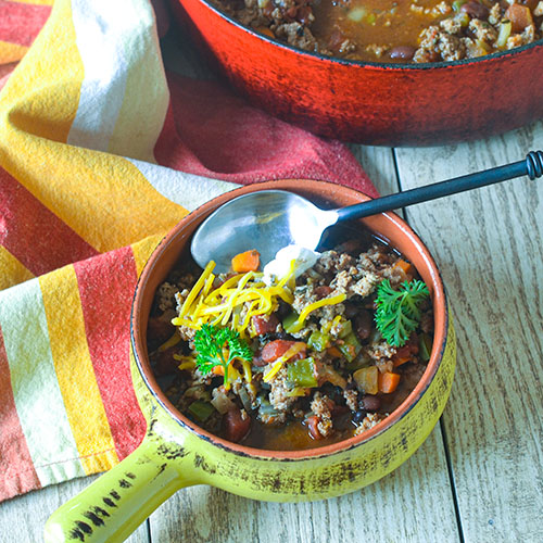 21 Ingredient Turkey Chili l #comfortfoot #chili #comfortfood  #glutenfree | feedyoursoul2.com