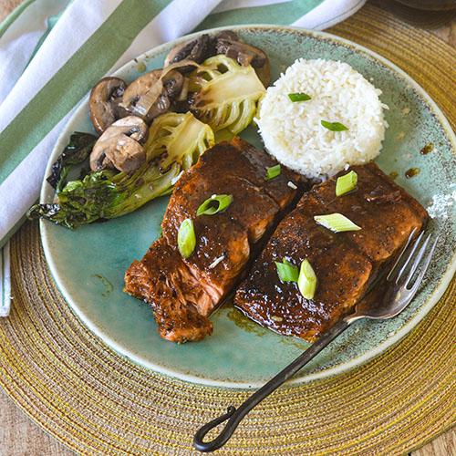 Asian Glazed Salmon l #salmon #Japaneserecipe #seafood #glutenfree | feedyoursoul2.com