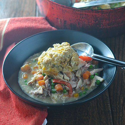 Chicken Stew with GF Cheddar Biscuits l #bread #stew #onepotmeal #glutenfree | feedyoursoul2.com