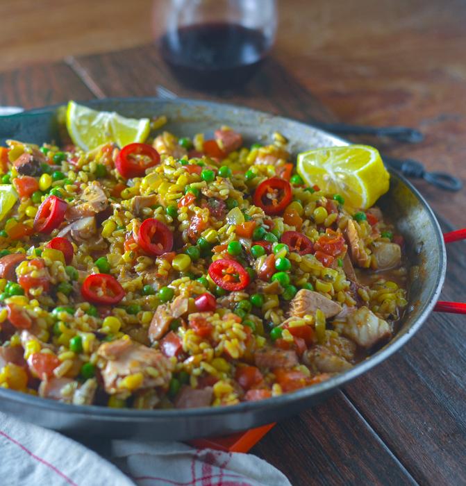 Best Salmon Paella l #seafood #glutenfree #Spainfood #salmon | feedyoursoul2.com