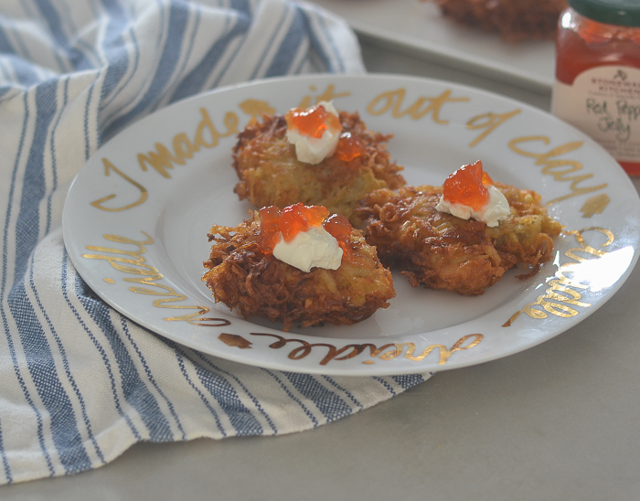 GF Potato Latkes l #potato #glutenfree #hanukkah | feedyoursoul2.com