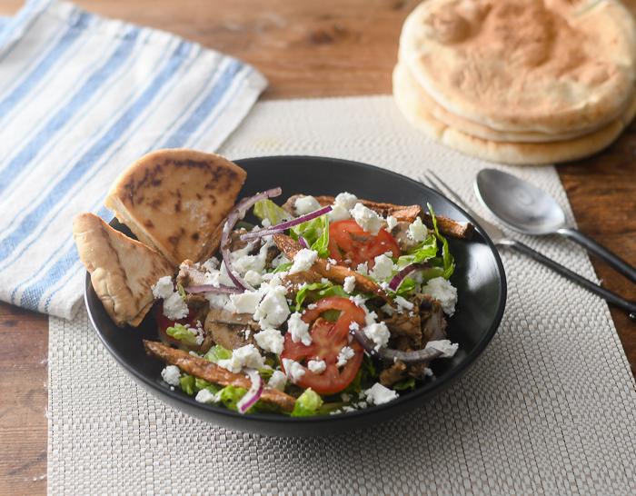 Chicken Gyros French Fry Salad l #chicken #Greekrecipe #salad #glutenfree  | feedyoursoul2.com